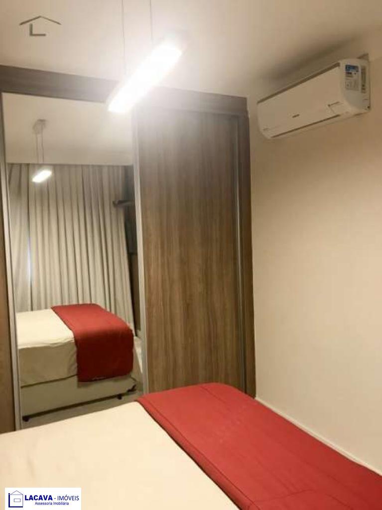 Apartamento com 3 Dormitórios à venda, 90 m² por R$ 590.000,00