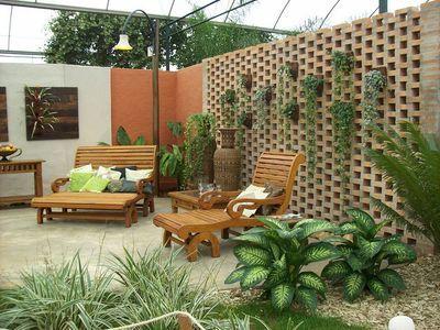 Se mudou para uma casa e quer saber quais as melhores plantas para ter no seu jardim?