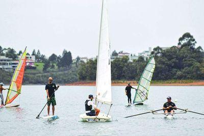 Esportes Aquáticos em Alphaville Lagoa dos Ingleses