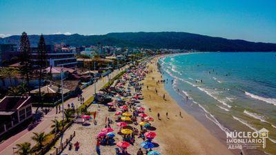 Praia de Bombas - Bombinhas - SC