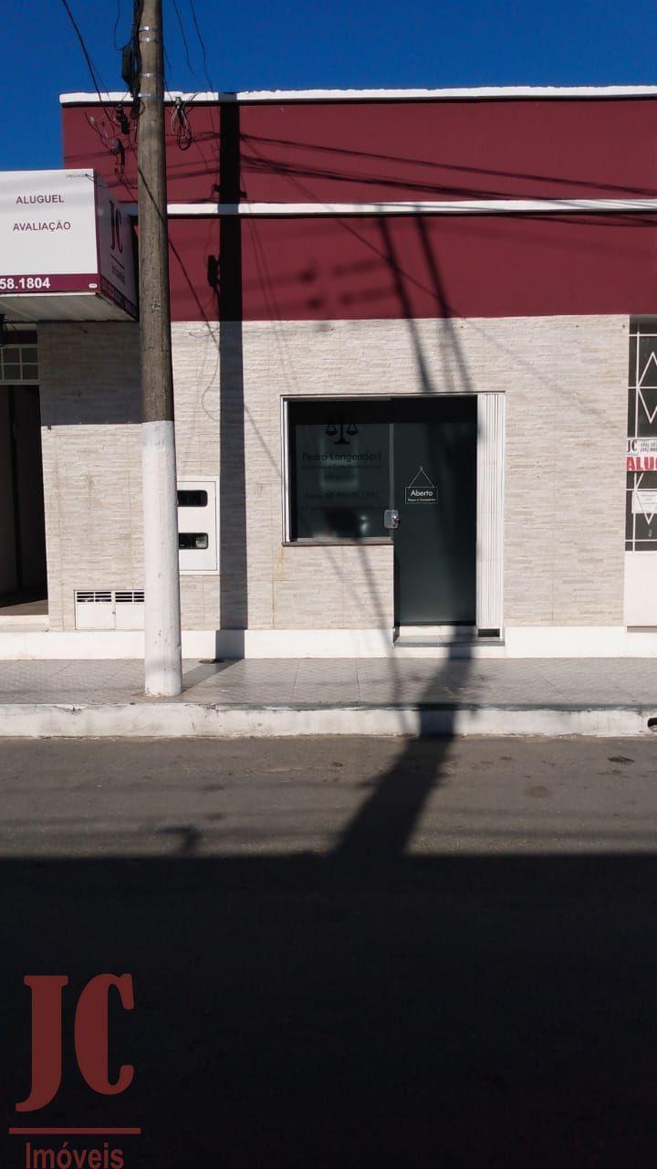 Sala comercial para alugar  no Centro - São Gabriel, RS. Imóveis