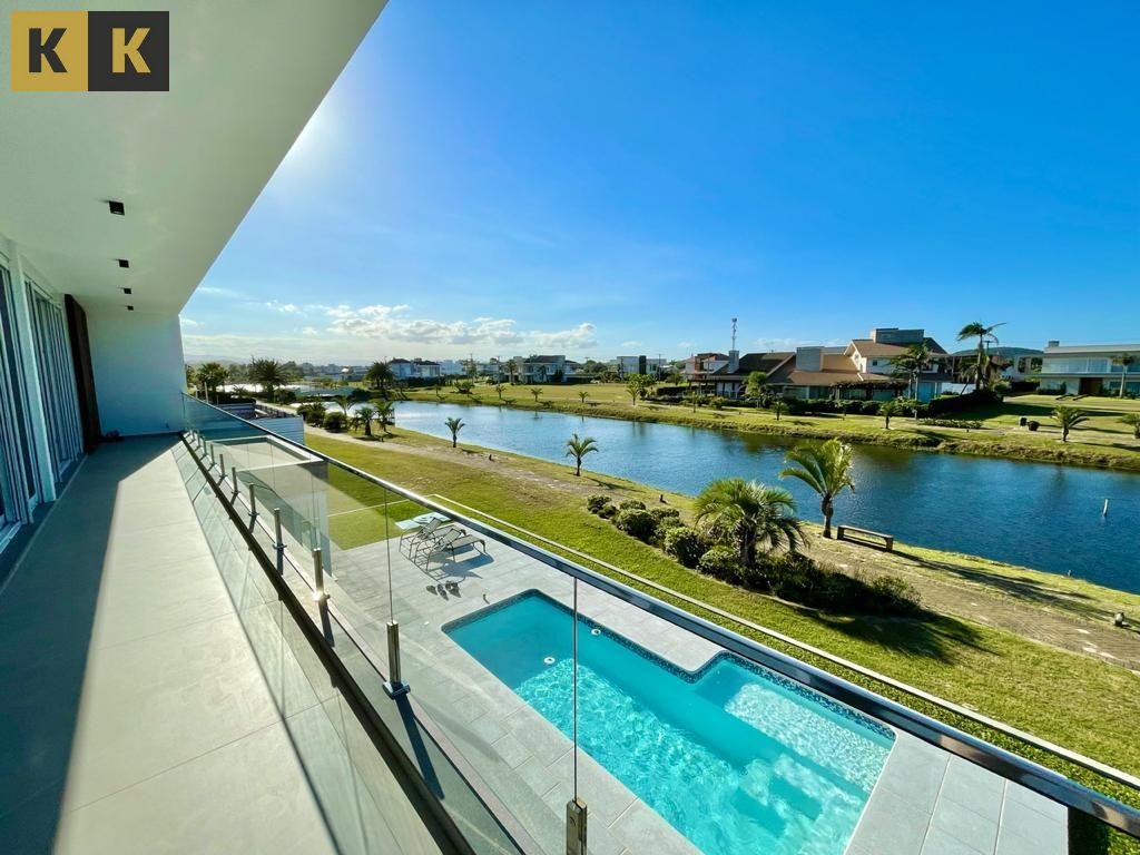 Casa em condomínio à venda  no Itapeva - Torres, RS. Imóveis