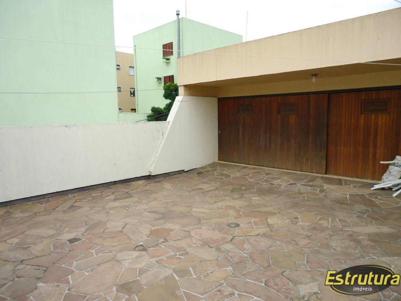 Casa com 4 Dormitórios à venda, 500 m² por R$ 2.860.000,00