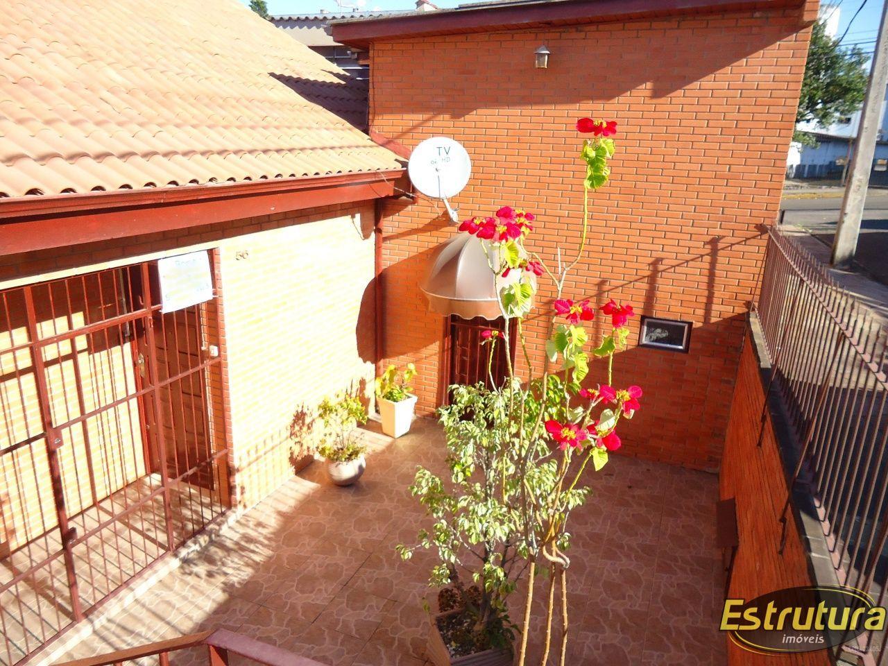 Casa com 3 Dormitórios à venda, 141 m² por R$ 490.000,00