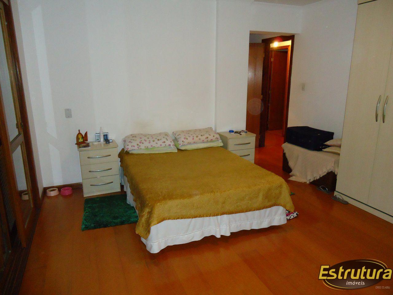 Apartamento com 4 Dormitórios à venda, 149 m² por R$ 780.000,00