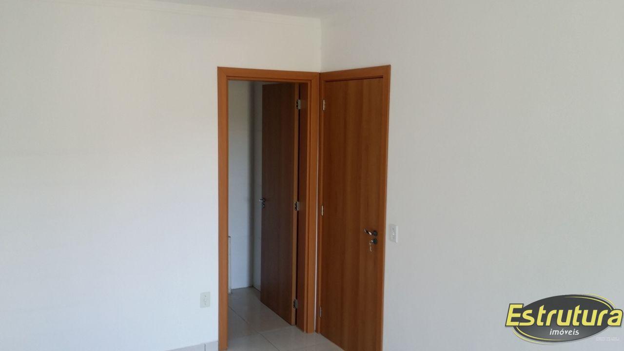 Apartamento com 2 Dormitórios à venda, 72 m² por R$ 249.500,00