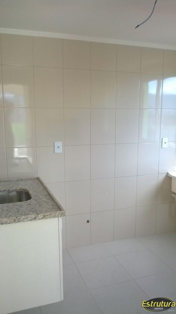 Apartamento com 2 Dormitórios à venda, 78 m² por R$ 386.900,00