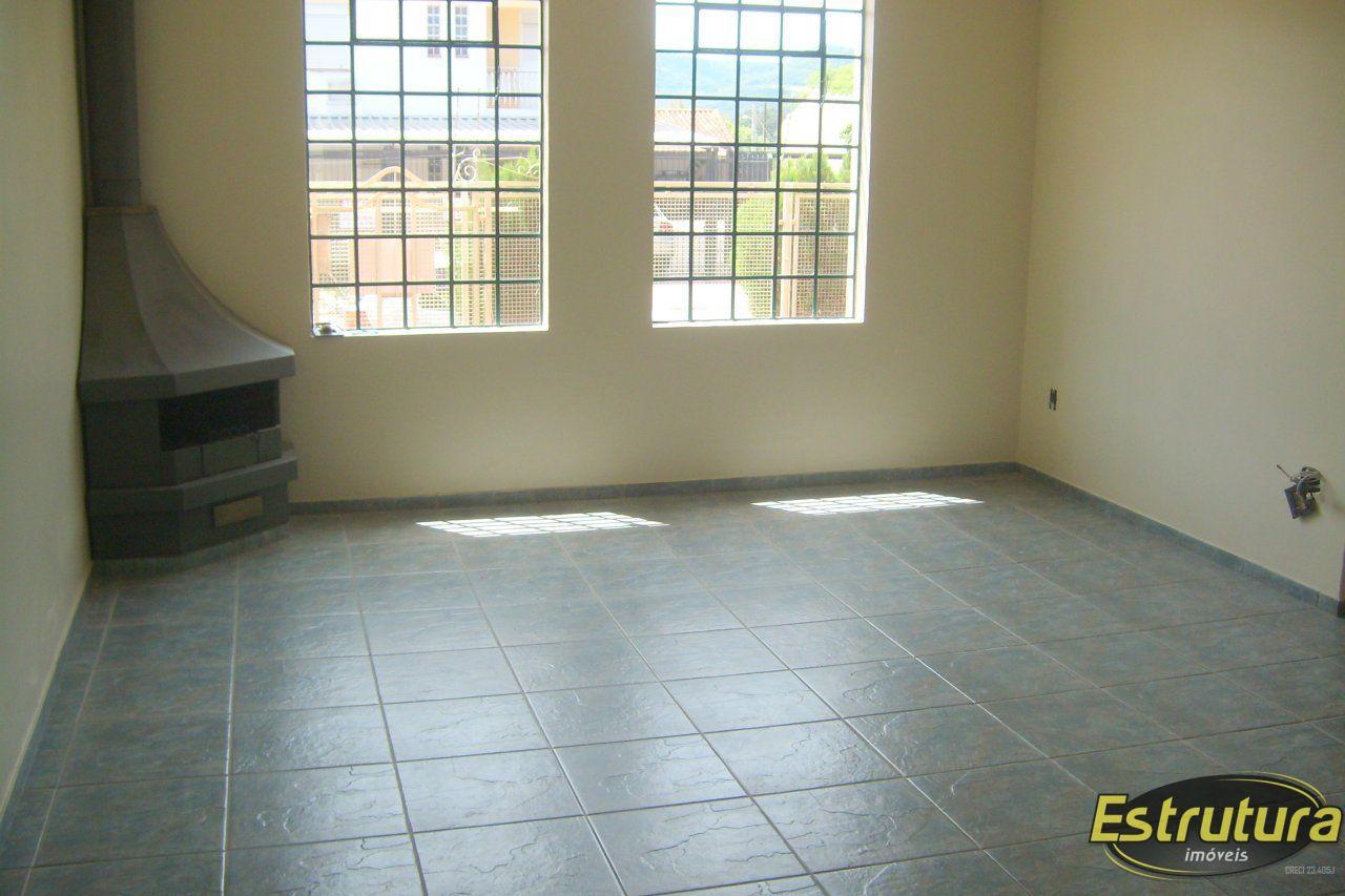 Casa com 4 Dormitórios à venda, 350 m² por R$ 750.000,00