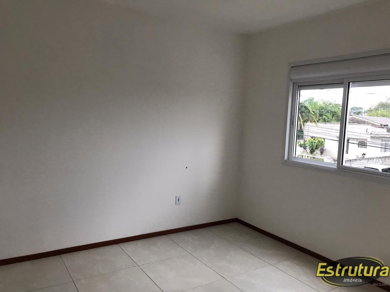Apartamento com 2 Dormitórios à venda, 56 m² por R$ 200.000,00