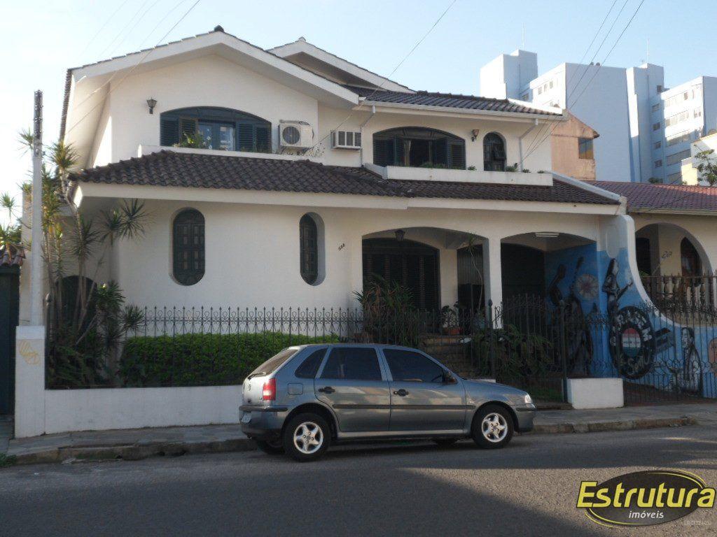 Casa com 4 Dormitórios à venda, 354 m² por R$ 1.400.000,00