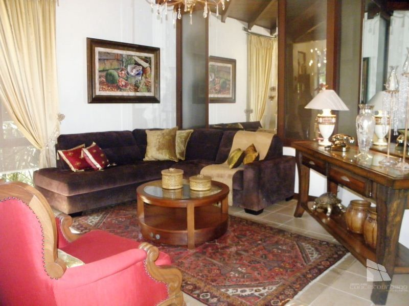 Casa à venda  no Planalto - Gramado, RS. Imóveis