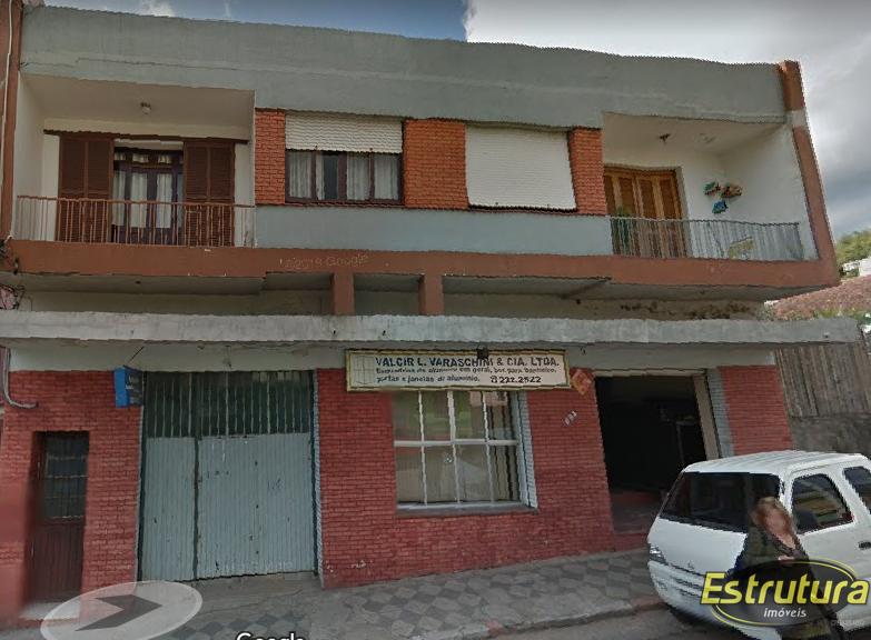 Apartamento com 3 Dormitórios à venda, 131 m² por R$ 190.000,00