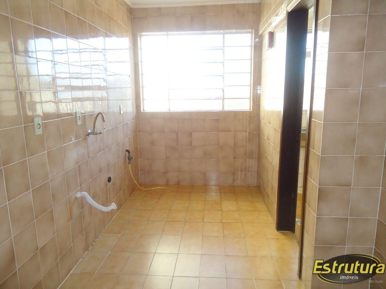 Apartamento com 2 Dormitórios à venda, 82 m² por R$ 265.000,00