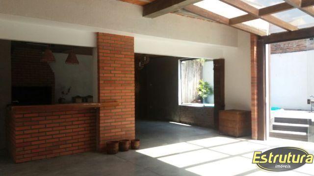 Casa com 3 Dormitórios à venda, 241 m² por R$ 1.280.000,00