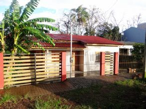 Vista Frontal Esquerda da Casa