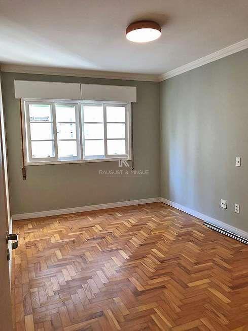 Apartamento com 3 Dormitórios à venda, 147 m² por R$ 1.600.000,00