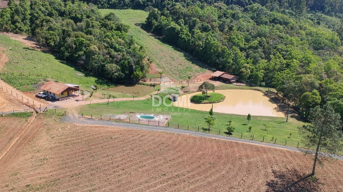 Fazenda/sítio/chácara/haras à venda  no Zona Rural - Aurora, SC. Imóveis
