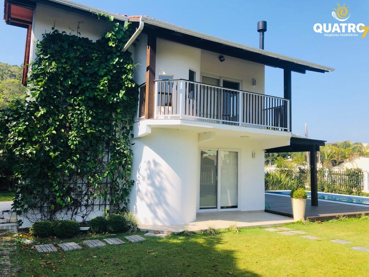 Casa à venda  no Zé Amândio - Bombinhas, SC. Imóveis
