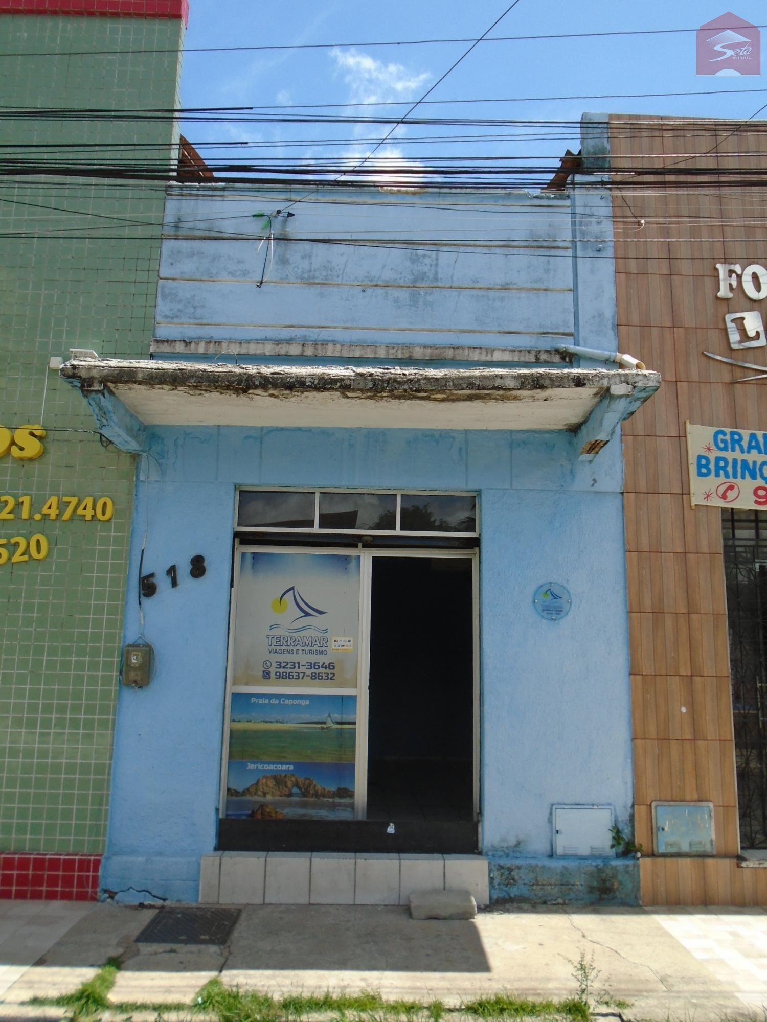 Prédio comercial/residencial para alugar  no Centro - Fortaleza, CE. Imóveis