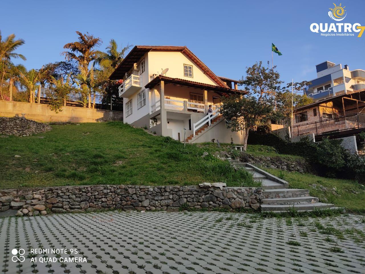 Casa à venda  no Centro - Bombinhas, SC. Imóveis