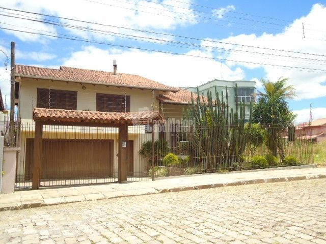 Casa à venda  no São Roque - Bento Gonçalves, RS. Imóveis