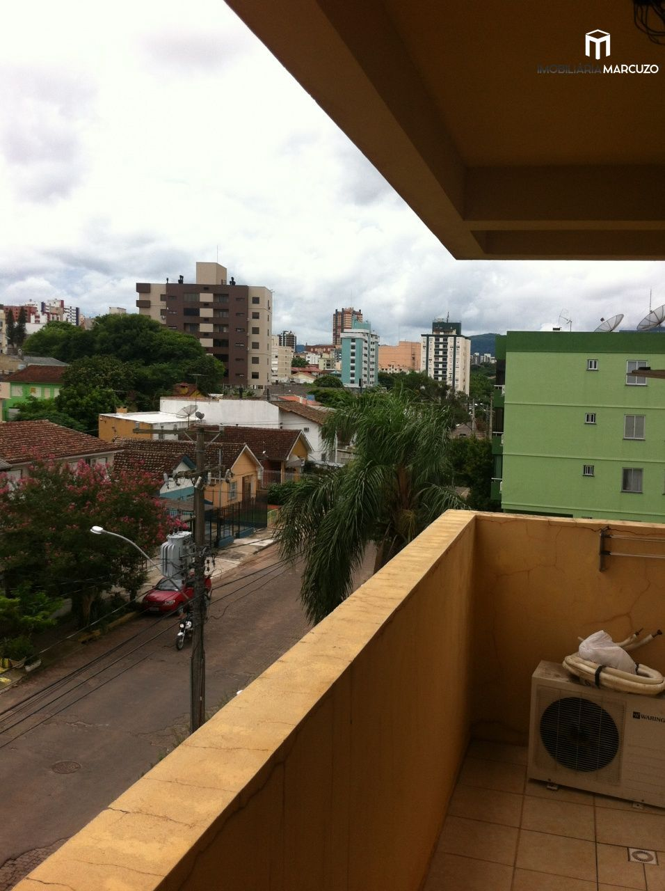 Apartamento com 2 Dormitórios à venda, 81 m² por R$ 270.000,00