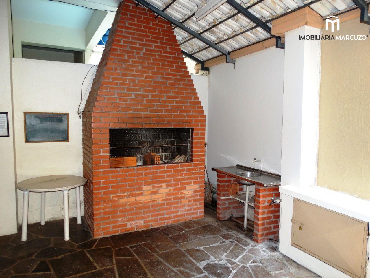 Apartamento com 1 Dormitórios à venda, 52 m² por R$ 149.000,00