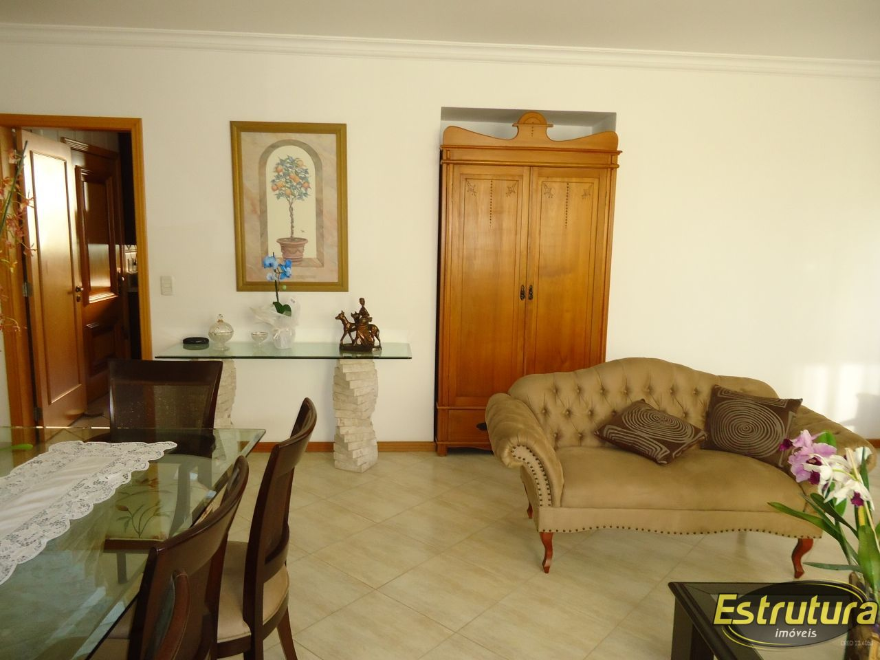 Apartamento com 3 Dormitórios à venda, 199 m² por R$ 1.200.000,00