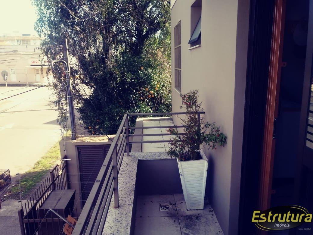 Apartamento com 2 Dormitórios à venda, 79 m² por R$ 265.000,00