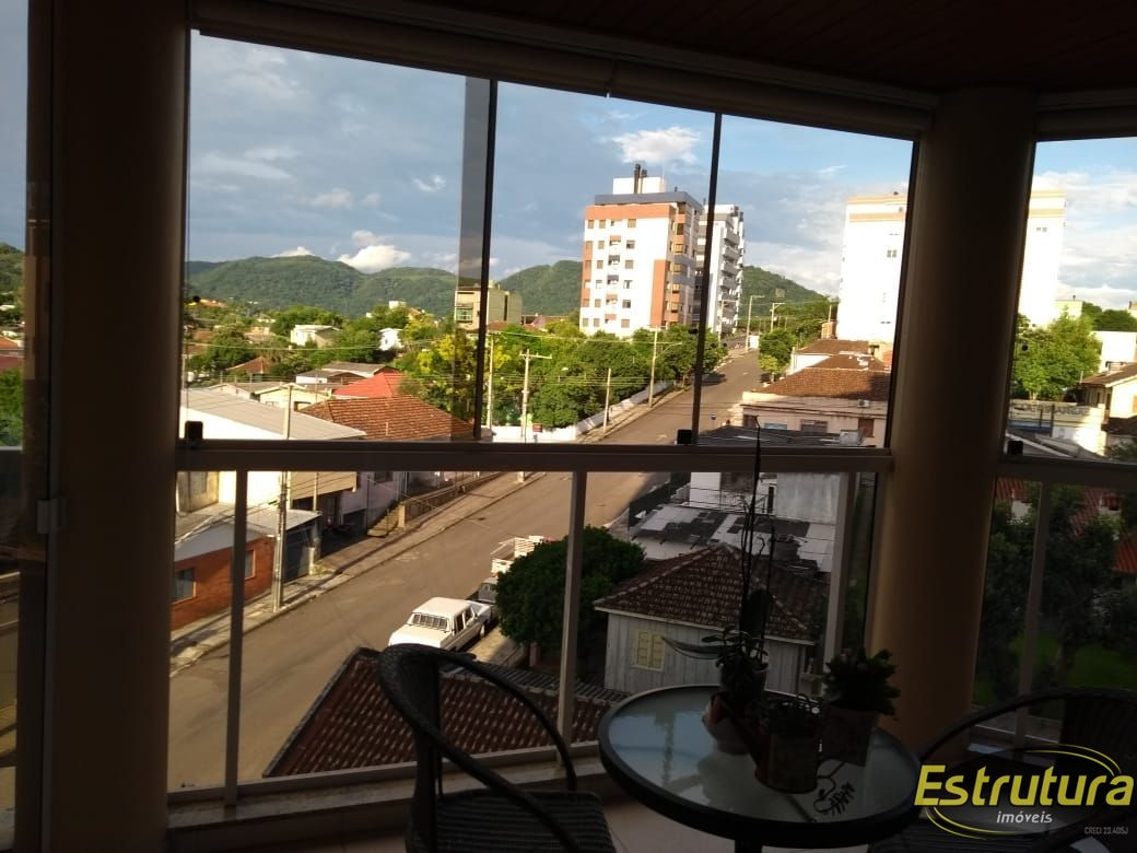 Apartamento com 3 Dormitórios à venda, 118 m² por R$ 780.000,00