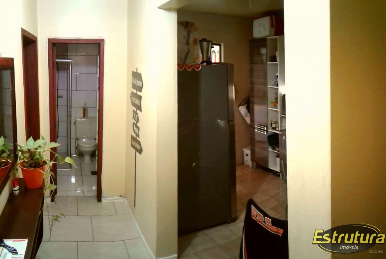 Apartamento com 1 Dormitórios à venda, 48 m² por R$ 139.000,00