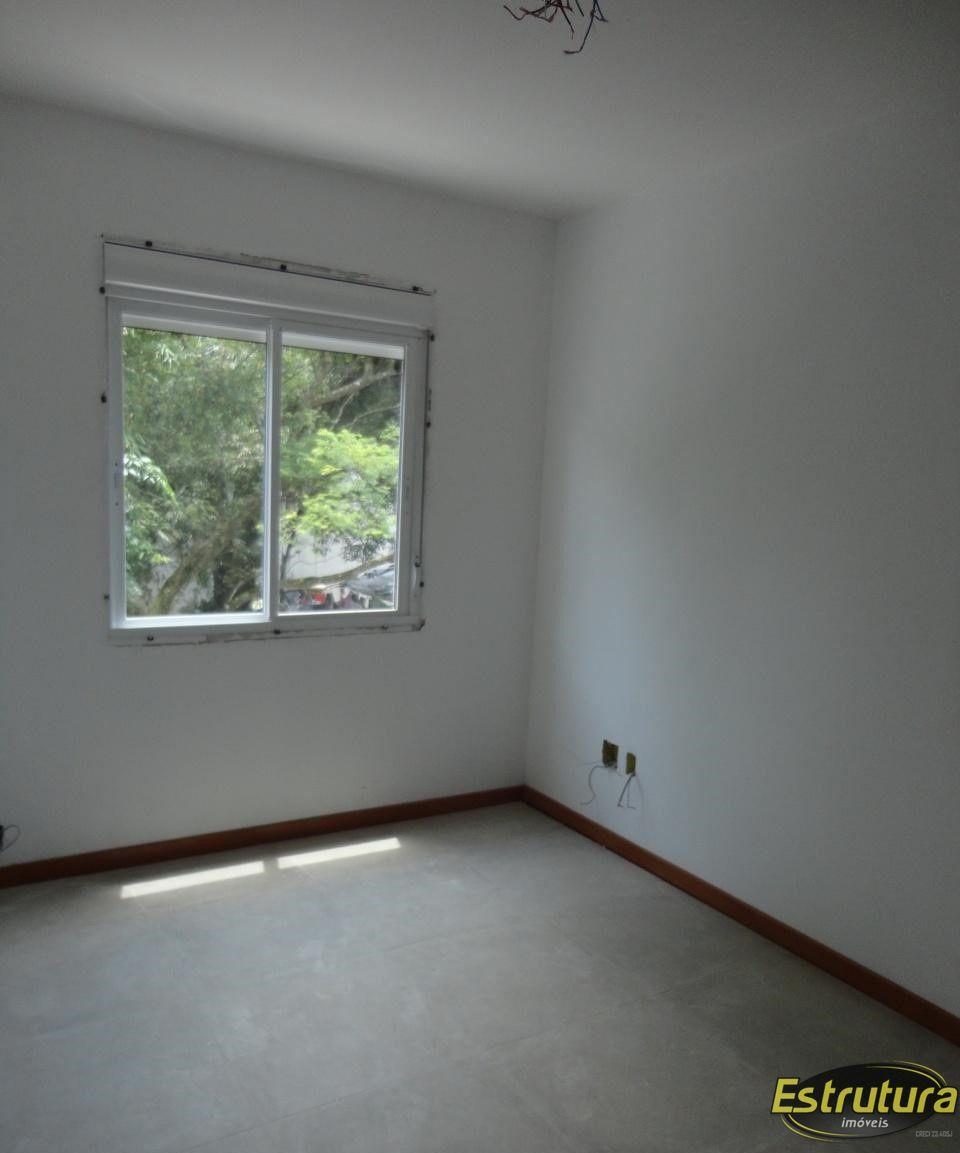 Apartamento com 1 Dormitórios à venda, 39 m² por R$ 174.300,00