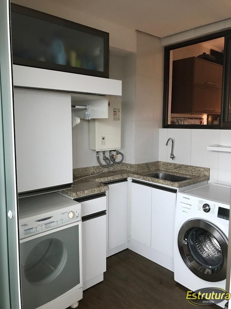 Apartamento com 3 Dormitórios à venda, 131 m² por R$ 680.000,00