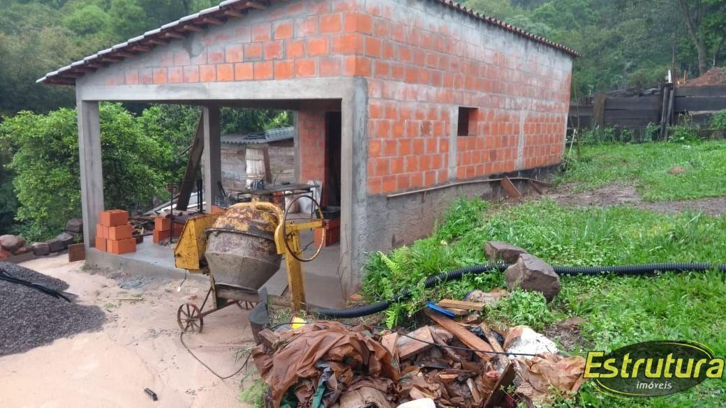 Casa com 2 Dormitórios à venda, 100 m² por R$ 260.000,00