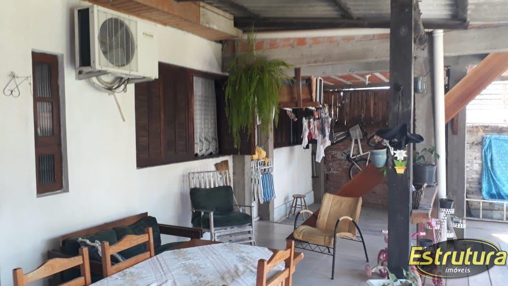 Casa com 2 Dormitórios à venda, 145 m² por R$ 350.000,00