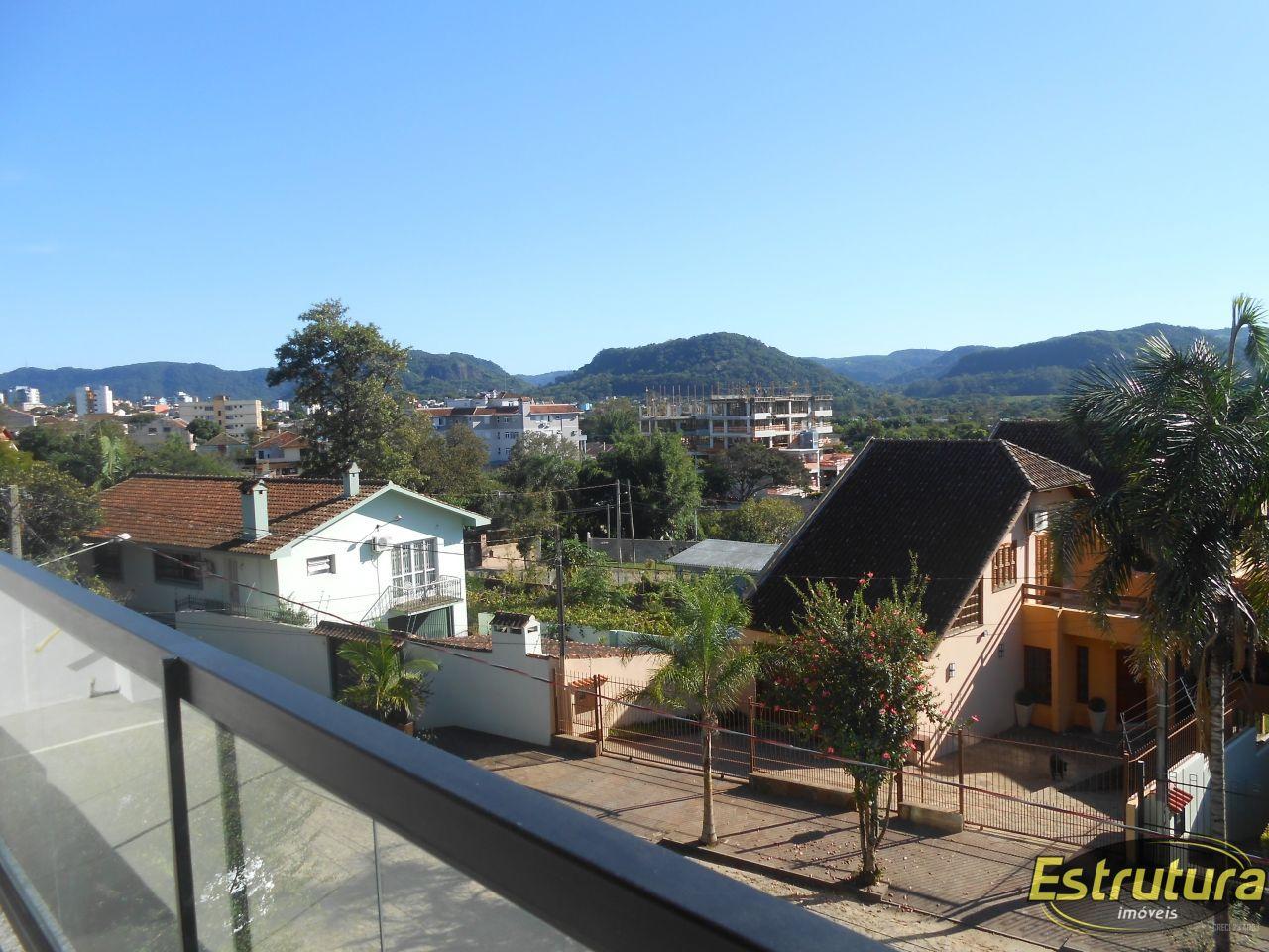 Apartamento com 3 Dormitórios à venda, 192 m² por R$ 900.000,00