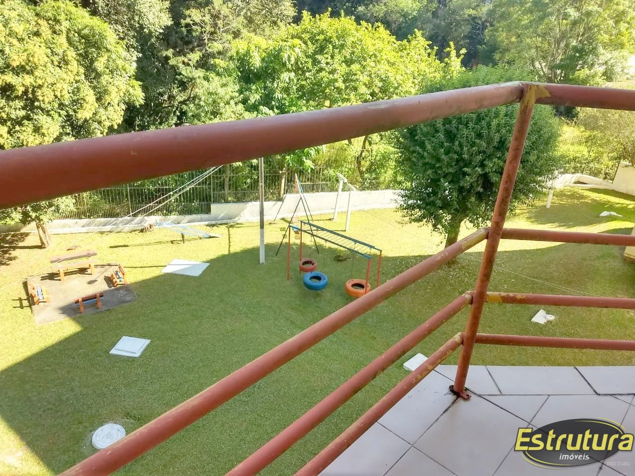 Apartamento com 2 Dormitórios à venda, 60 m² por R$ 235.000,00