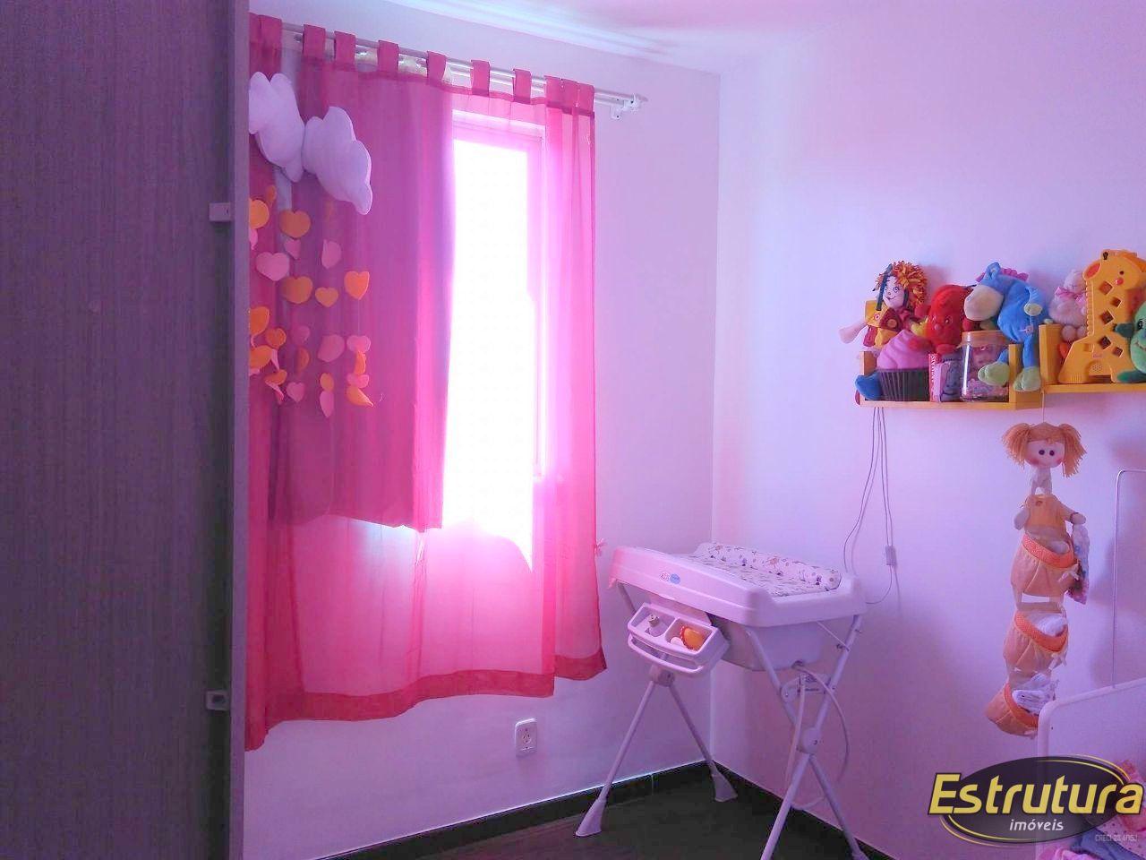 Apartamento com 2 Dormitórios à venda, 52 m² por R$ 215.000,00