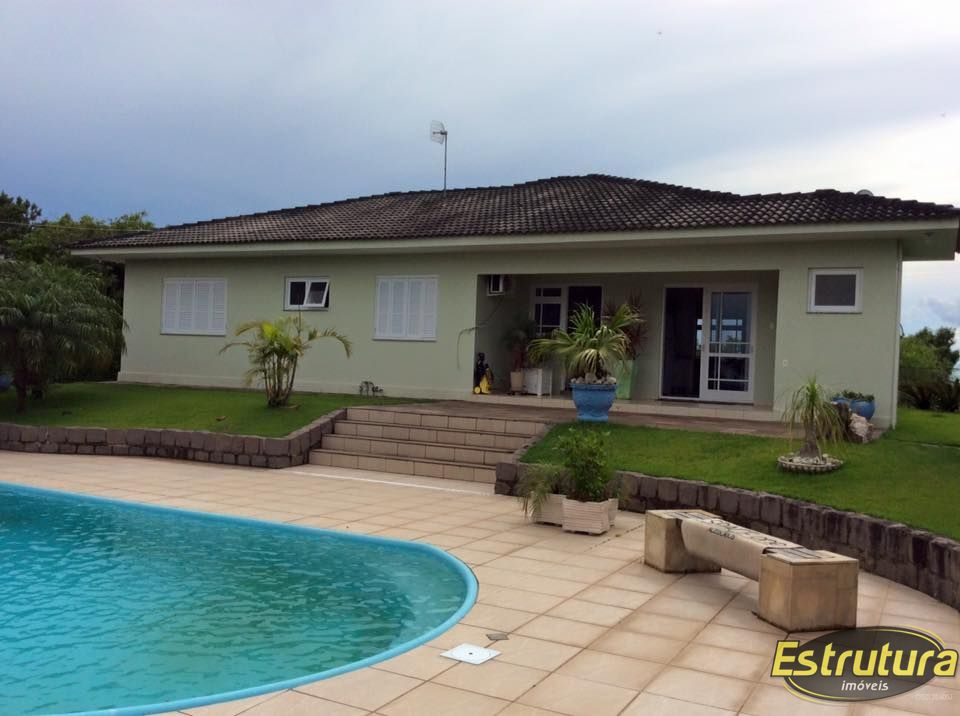 Casa com 4 Dormitórios à venda, 300 m² por R$ 1.300.000,00