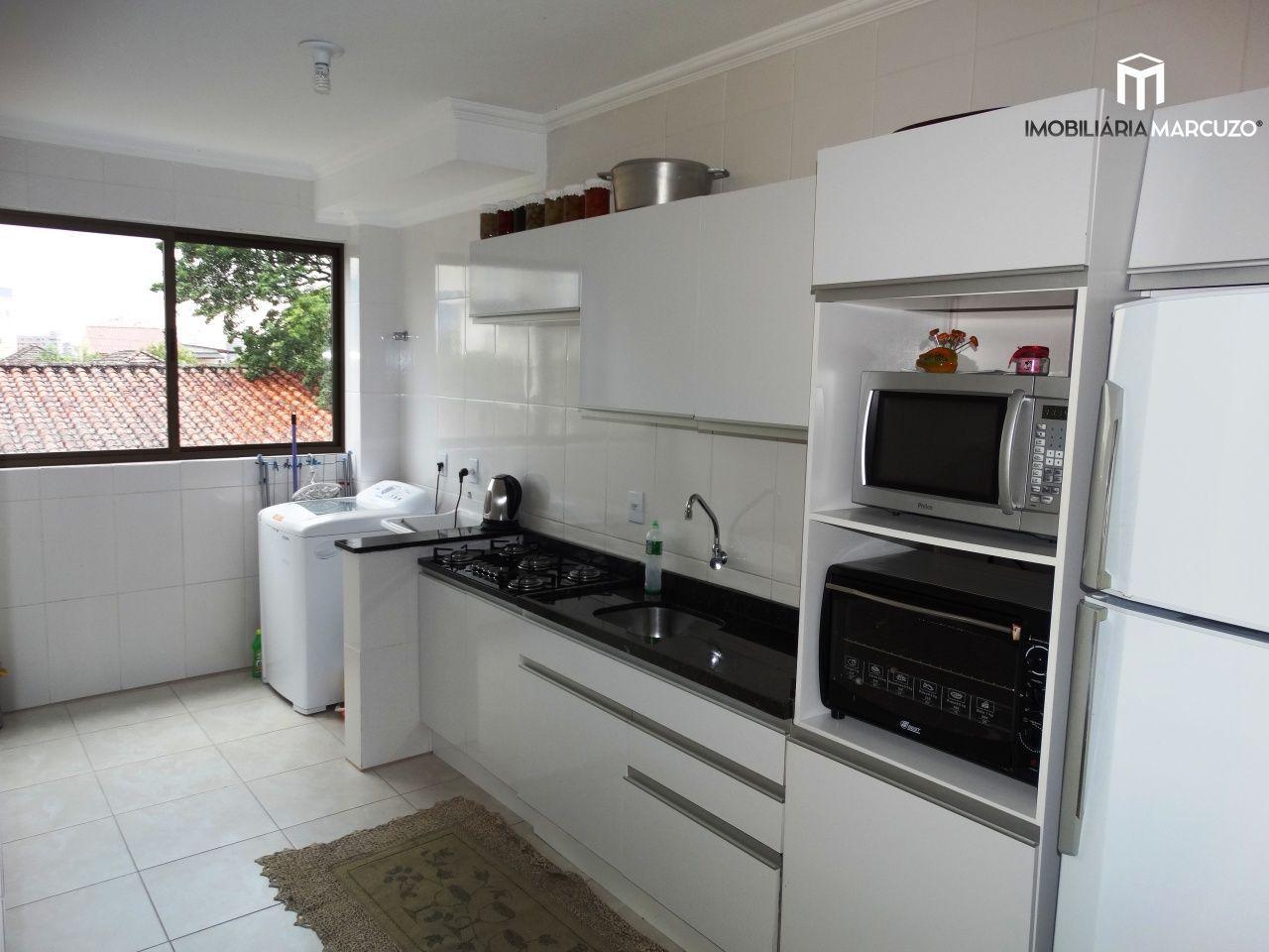 Apartamento com 2 Dormitórios à venda, 75 m² por R$ 260.000,00