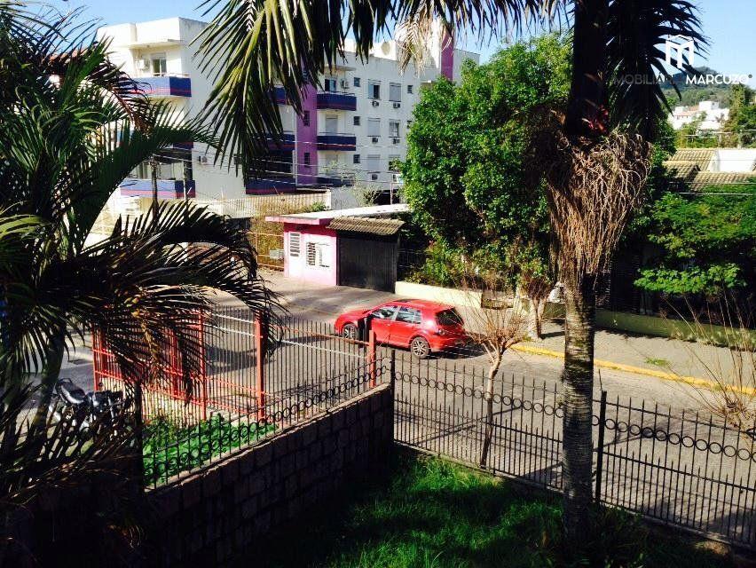 Casa com 5 Dormitórios à venda, 300 m² por R$ 1.000.000,00