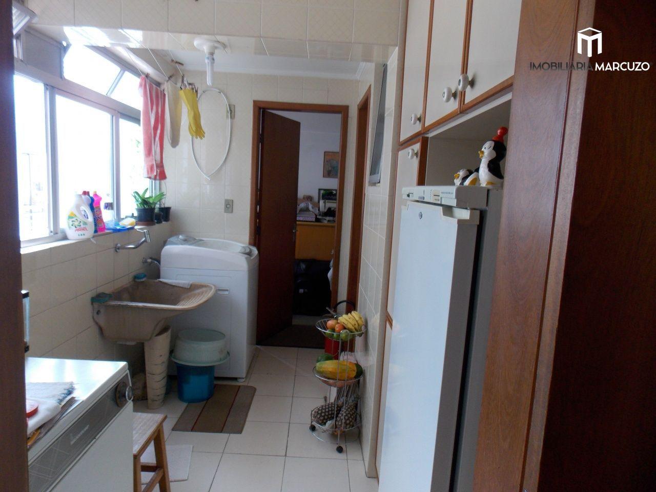 Apartamento com 3 Dormitórios à venda, 127 m² por R$ 490.000,00