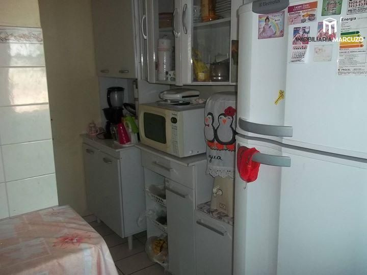 Apartamento com 3 Dormitórios à venda, 86 m² por R$ 160.000,00