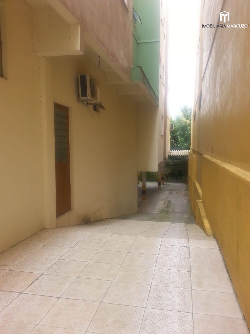 Apartamento com 2 Dormitórios à venda, 59 m² por R$ 260.000,00