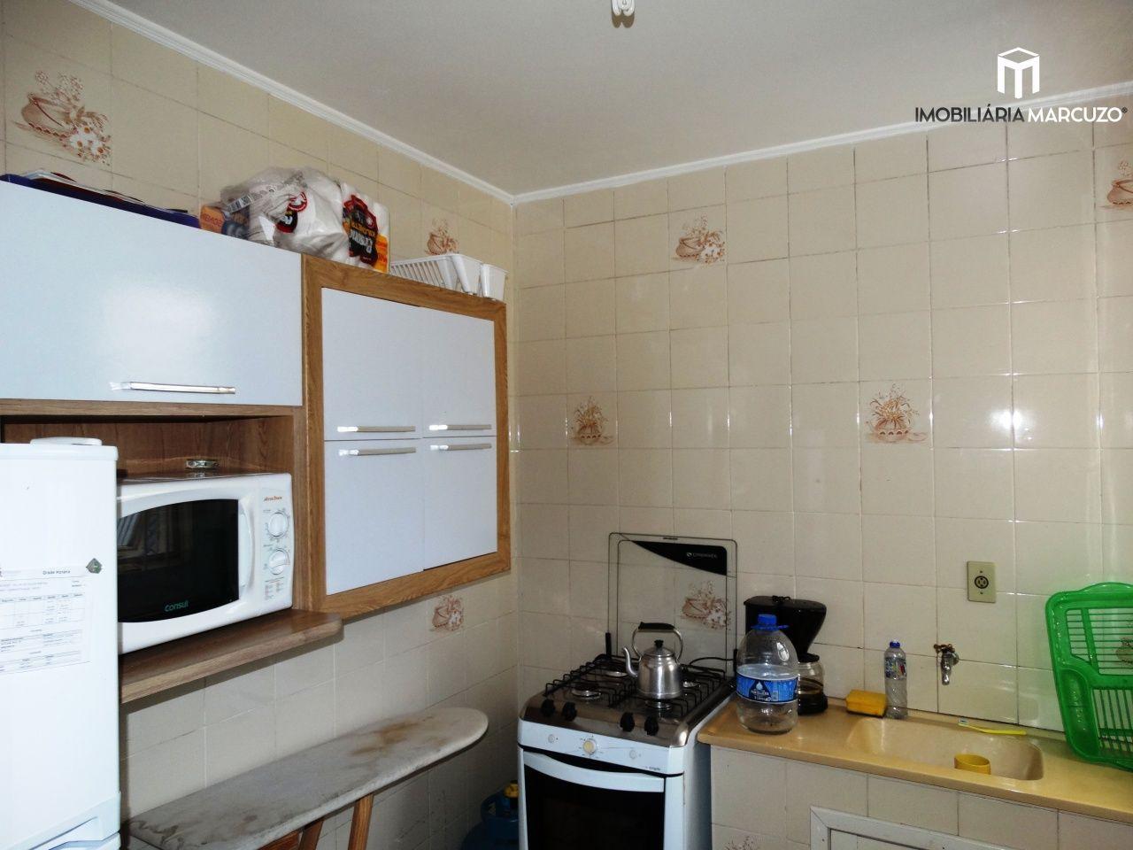 Apartamento com 1 Dormitórios para alugar, 51 m² por R$ 650,00