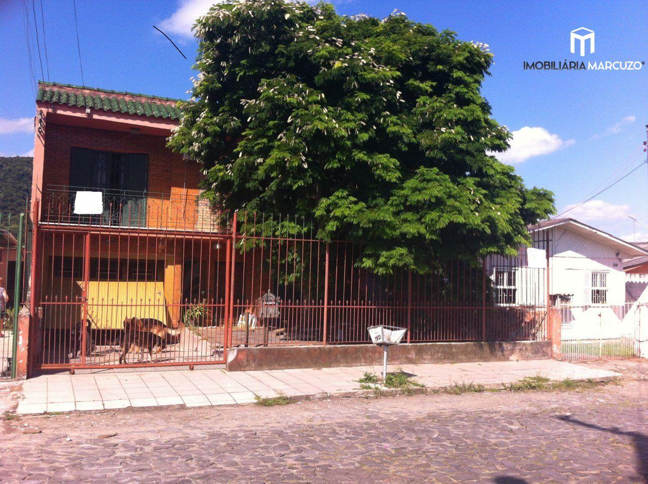 Casa com 3 Dormitórios à venda, 242 m² por R$ 400.000,00