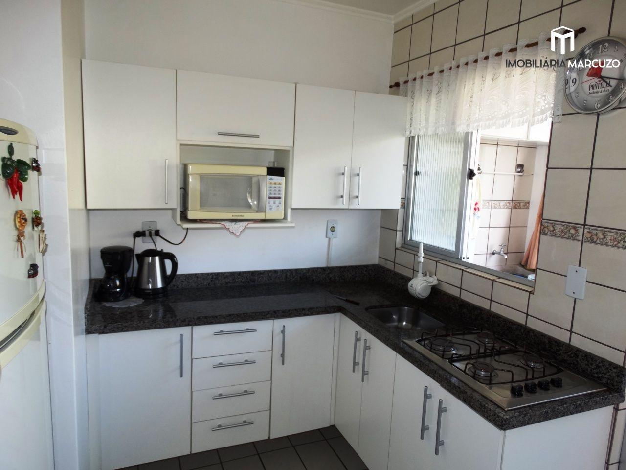 Apartamento com 2 Dormitórios à venda, 67 m² por R$ 260.000,00