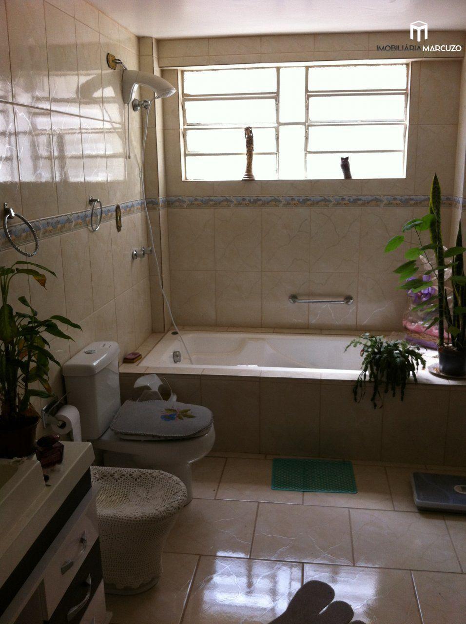 Apartamento com 3 Dormitórios à venda, 133 m² por R$ 370.000,00