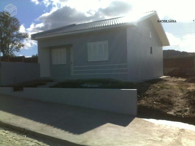 Casa com 2 Dormitórios à venda, 63 m² por R$ 180.000,00
