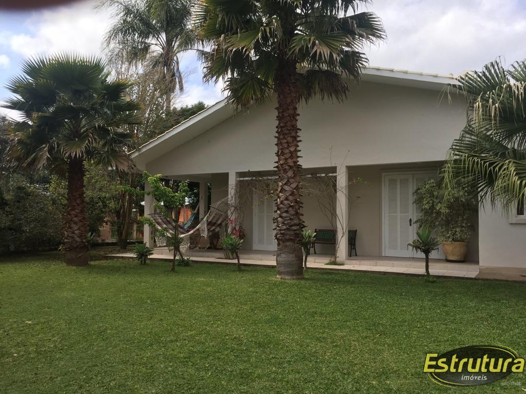 Casa com 3 Dormitórios à venda, 230 m² por R$ 790.000,00